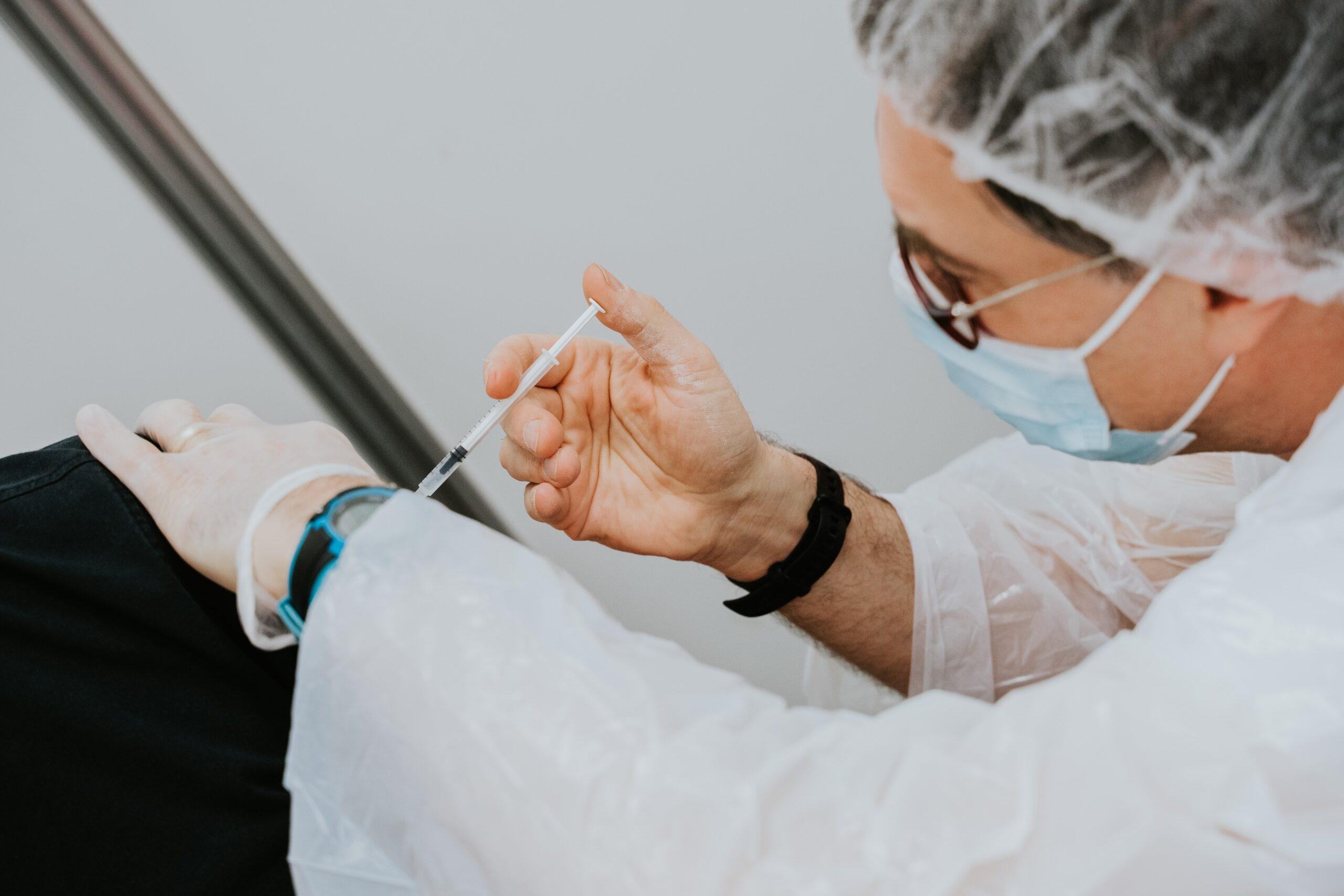 ¿Qué pasará con los que han recibido la primera dosis de AstraZeneca?