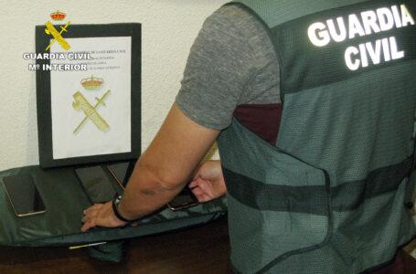 La Guardia Civil desmantela un grupo delictivo dedicado a la sustracción y comercialización ilícita de teléfonos móviles en Alhama de Murcia