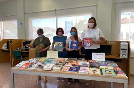 Puerto Lumbreras añade libros sobre igualdad y diversidad a su biblioteca