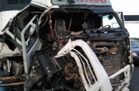 Fallece el conductor de un camión tras un accidente de tráfico en Totana